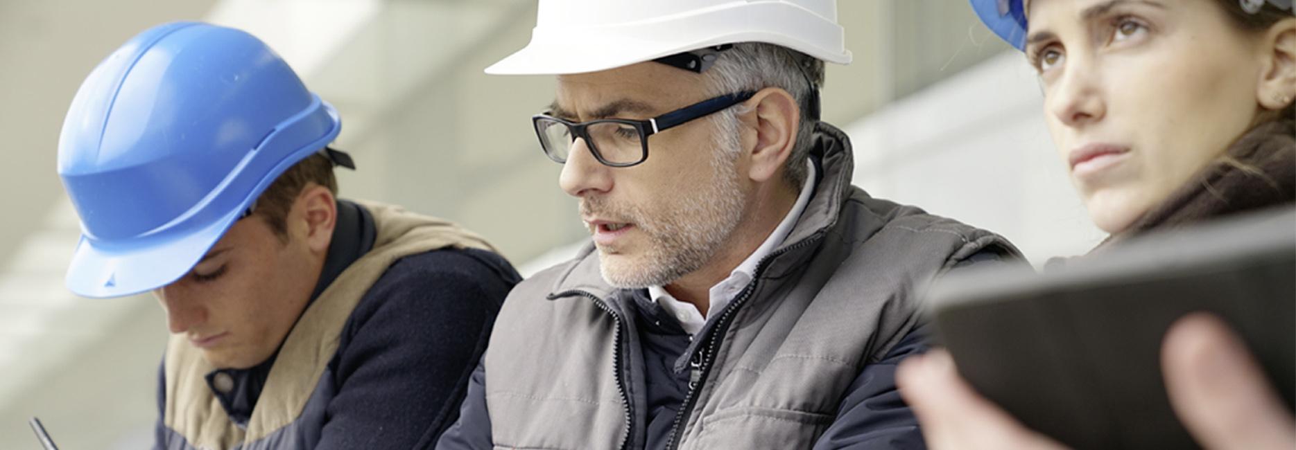 Wir stehen für Zukunft<br>und Entwicklung: Als attraktiver Arbeitgeber unterstützen wir innovative Energiekonzepte für eine gemeinsame Zukunft